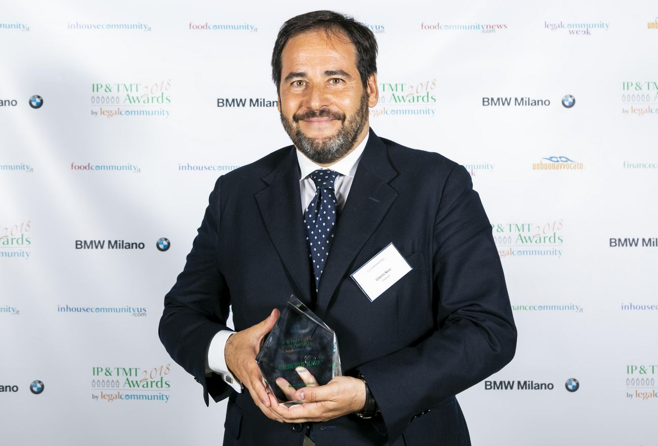 "LegalCommunity IP & TMT Awards 2018: Chiomenti's partner  Gilberto Nava awarded as ""Lawyer of the Year Media"""